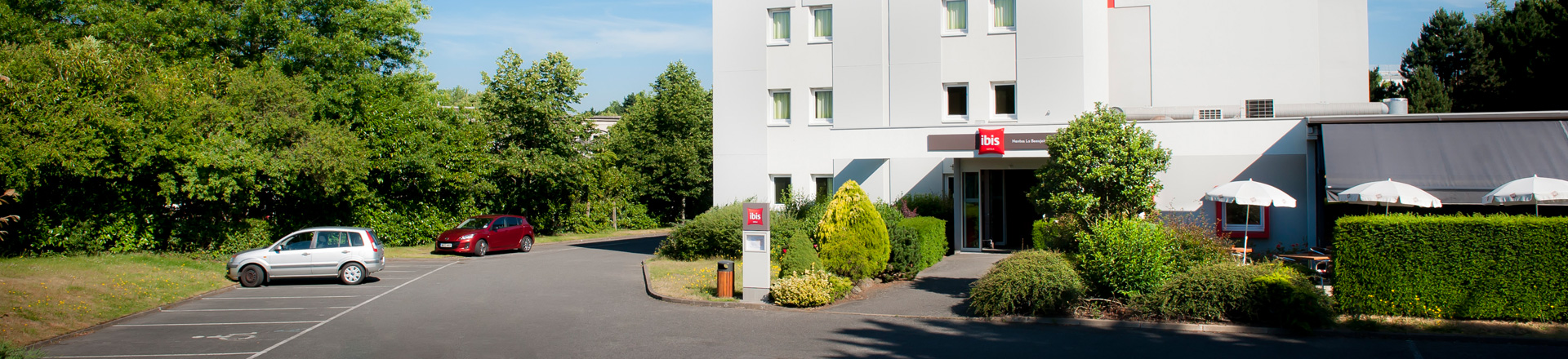 Hotel parking La Beaujoire Nantes